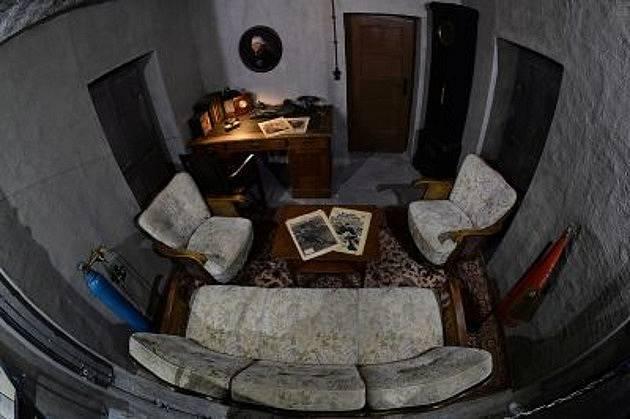 Hitlerova pracovna v bunkru