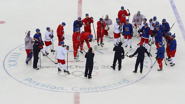 Trénink hokejové reprezentace před olympijským startem turnaje.