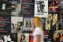 Druhým dnem pokračoval 2. července Mezinárodní filmový festival Karlovy Vary.