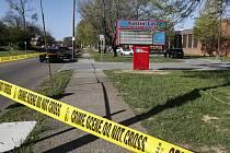 Střelba na střední škole v americkém Knoxville, Tennessee