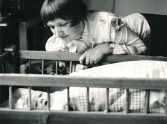 Jiřina Čechová se synem Vojtěchem v roce 1977