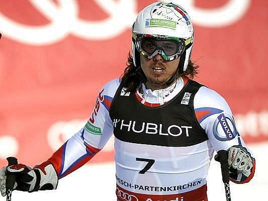 Český lyžař Ondřej Bank útočil v superkombinaci na historický úspěch, nakonec je i tak na skvělém pátém místě.
