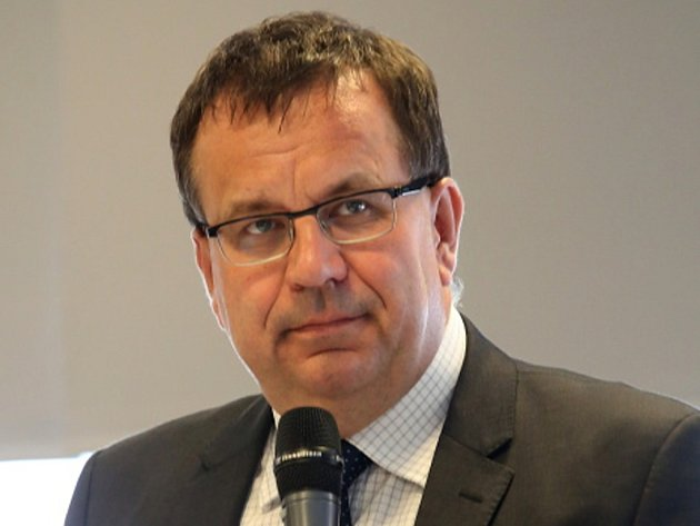 Jan Mládek, ministr průmyslu a obchodu navštívil České Budějovice, v 10 hodin se setkal v hotelu Clarion s českobudějovickými podnikateli.