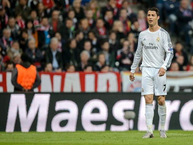 Kanonýr Realu Madrid Cristiano Ronaldo získal Zlatou kopačku pro nejlepšího střelce evropských lig.