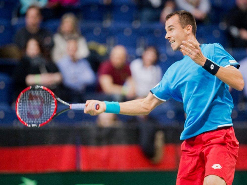 Nový hrdina. Lukáš Rosol poslal české tenisty do čtvrtfinále Davis Cupu.