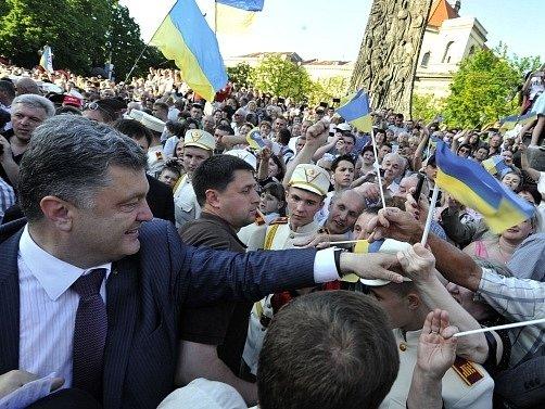 Lvov a ukrajinský prezident Porošenko