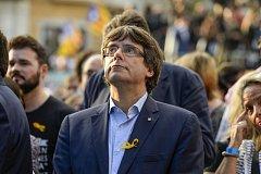 Carles Puigdemont na demonstraci katalánských separatistů
