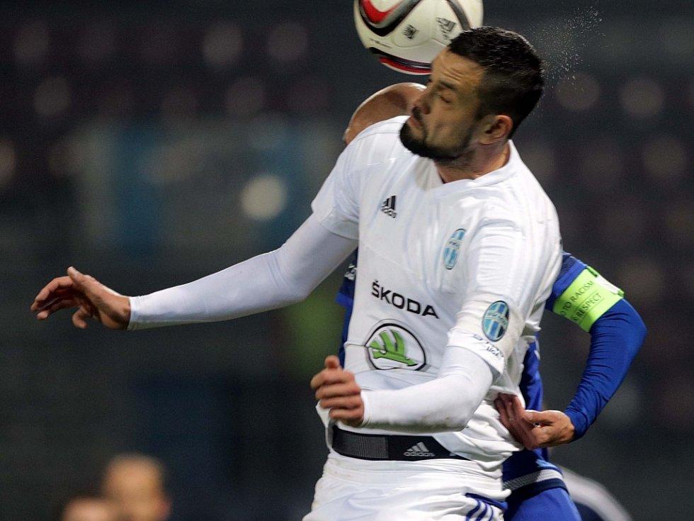 Lukáš Magera z Mladé Boleslavi proti Olomouci.