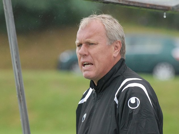 Trenér Pavel Tobiáš.
