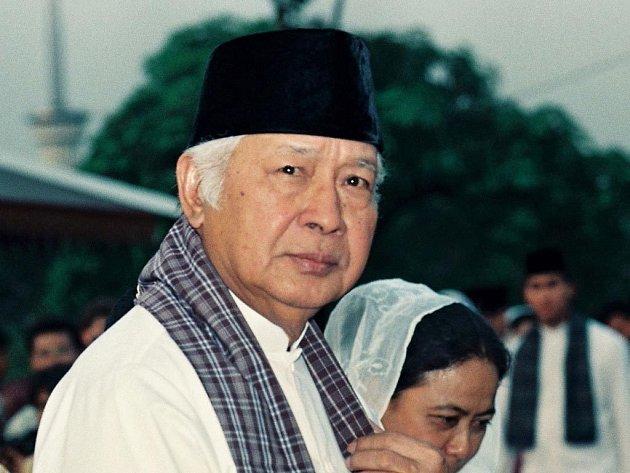 Bývalý indonéský diktátor Suharto zemřel