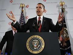 Americký prezident Barack Obama v pátek o rok prodloužil sankce uvalené na Írán.