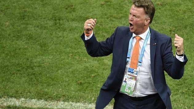 Kouč Louis Van Gaal se rozloučil s nizozemskou reprezentací ziskem bronzových medailí na mistrovství světa. Od nové sezony povede Manchester United.