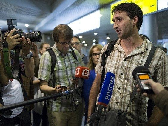 Edward Snowden na letišti v Moskvě.