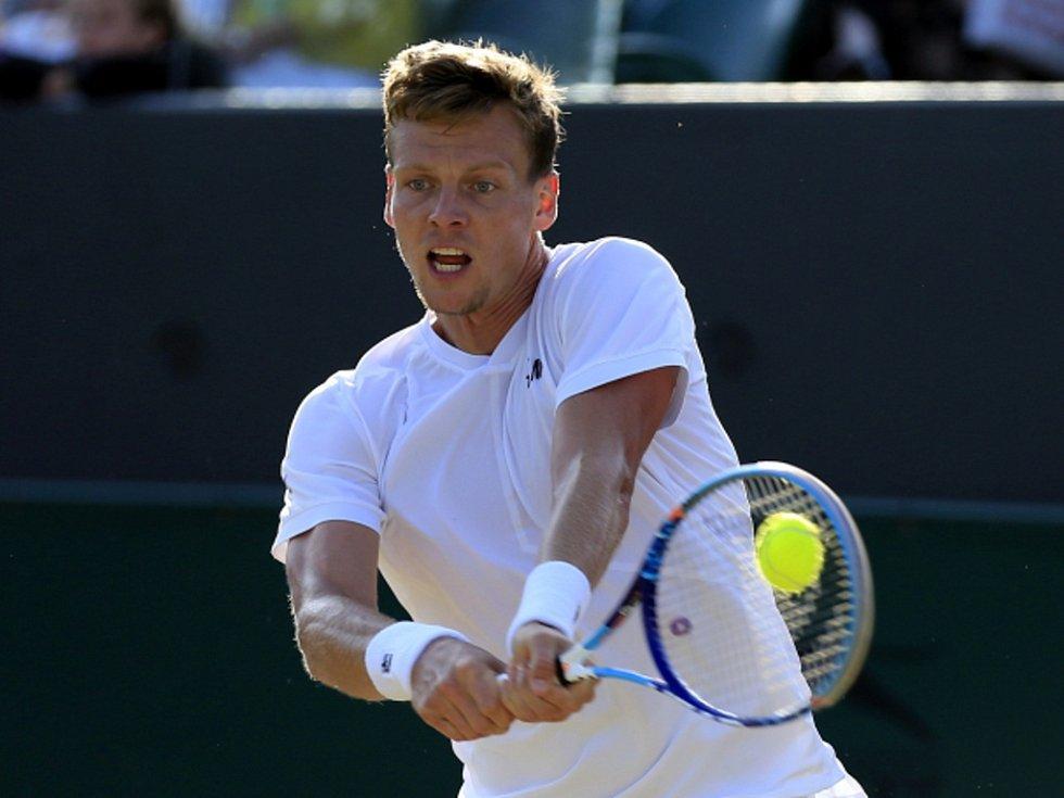 Tomáš Berdych v osmifinále Wimbledonu neuspěl.