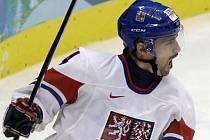 Tomáš Plekanec se raduje z gólu proti Rusku na olympijském turnaji ve Vancouveru.