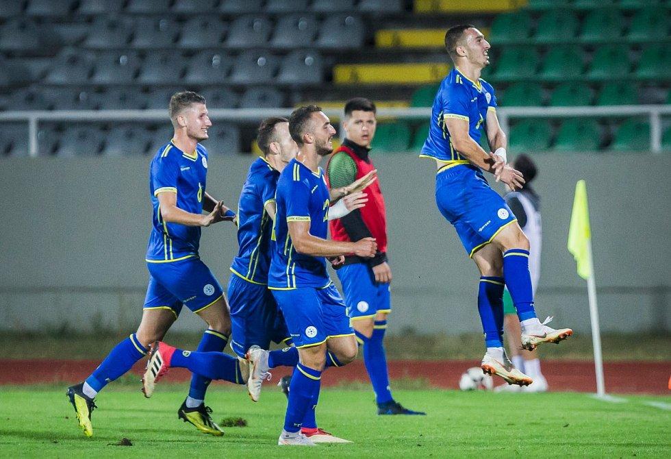 Kosovští fotbalisté. Ilustrační snímek