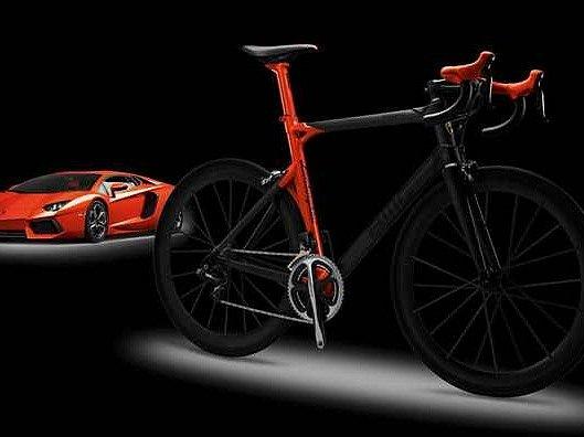 Kolo Lamborghini stojí půl milionu.