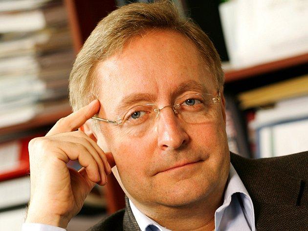 Petr Arenberger, šéf dermatovenerologické kliniky vinohradské nemocnice.