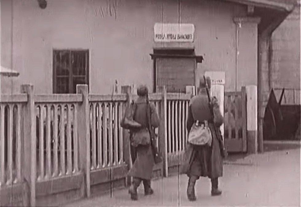Po Přerovu začala povstávat i další česká města. A to i přesto, že v nich byli stále ještě ozbrojení vojáci