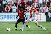 Zápas semifinále poháru MOL Cup mezi Slavia Praha a Sparta Praha hraný 24. dubna v Praze. Kanga, Souček