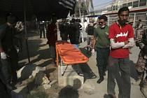 Útok na čínský konzulát v pákistánském Karáčí