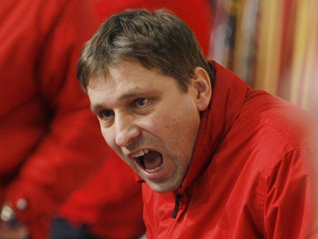 Trenér Josef Jandač vyburcoval svůj tým, Mountfield po pěti porážkách vyhrál s Třincem.