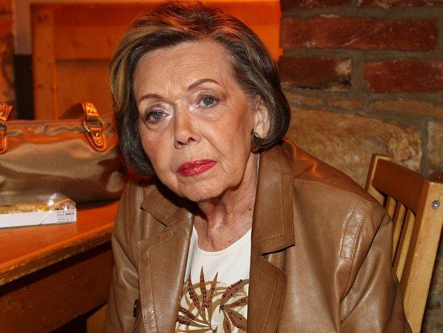 """Jiřina Jirásková, vynikající herečka, """"hraběnka českého filmu"""", jak ji nazval režisér Strach, zemřela vpondělí 7.ledna."""
