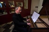 Pracovníci Českého muzea hudby v Praze představili skladbu s názvem Per la ricuperata salute di Ophelia, na které spolupracovali Wolfgang Amadeus Mozart, Antonio Salieri a další skladatel známý pod jménem Cornetti.