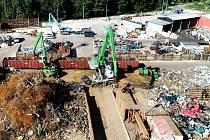 Kovošrot Jarý již více než 25 let poskytuje v Pardubicích a okolí kvalitní služby v oblasti zpracování odpadu.