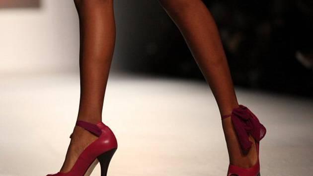 Boty na vysokém podpatku - ilustrační foto