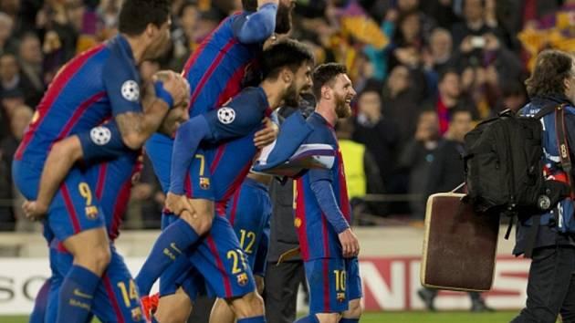 Barceloně se podařil neuvěřitelný obrat. PSG nasázela šest gólů a postoupila do čtvrtfinále Ligy mistrů.