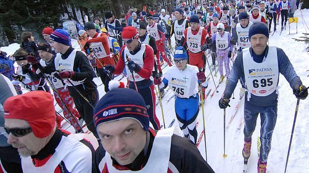 Jednačtyřicátého ročníku Jizerské padesátky se zúčastnilo více než čtyři tisíce běžců.