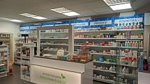 Provozovatelka plzeňské lékárny Remus Hana Valentová dává vždy přednost raději přírodním produktům.