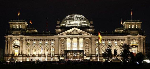 Budova Reichstagu v Berlíně, kde bude zvolen německý prezident.