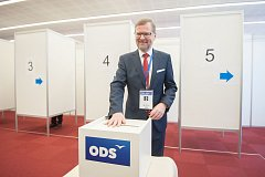 Petr Fiala byl na kongresu ODS.