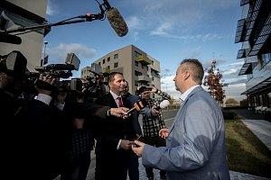 Sledování výsledků parlamentních voleb ve štábu ANO, 21. října v Praze. Brabec