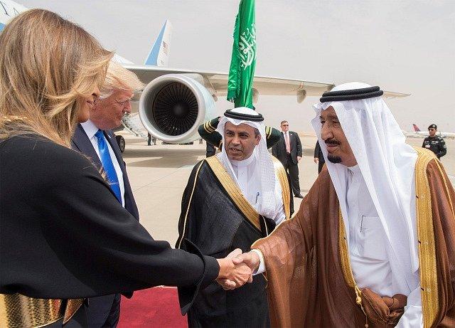 Současný saúdský král Salmán bin Abd al-Azíz a Donald Trump