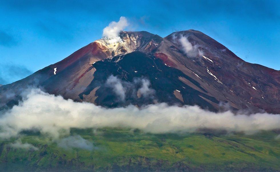Sopka na Aleutských ostrovech.