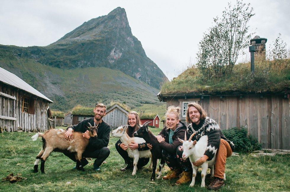 Barbora Masaříková a Forest Trenz poznali na cestách mnoho milých lidí.