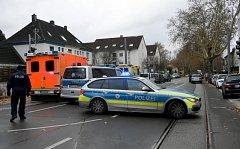 Německá policie zasahuje v Bochumi, na čerpací stanici drží ozbrojený muž rukojmí