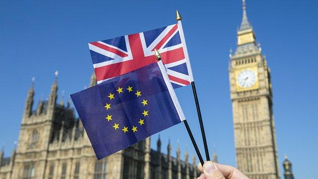 Poprvé v dějinách Dolní komora britského parlamentu v úterý přijala  opoziční návrh usnesení 0c97d48b34