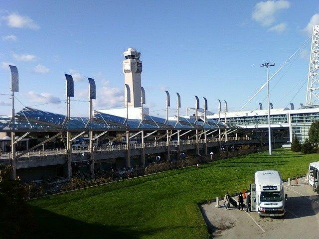 Terminál Hopkinsova mezinárodního letiště v Clevelandu