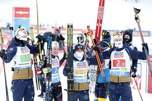 Biatlonové MS v Pokljuce, smíšená norská štafeta se raduje z vítězství, zleva Johannes Thingnes Böe, Marte Olsbu Roeiselandová, Tiril Eckhoffová a Sturla Holm Laegreid