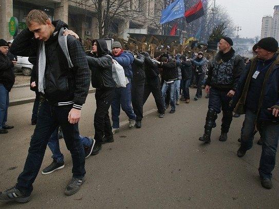 Situace na Ukrajině se vymyká kontrole.