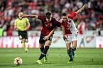 Zápas semifinále poháru MOL Cup mezi Slavia Praha a Sparta Praha hraný 24. dubna v Praze. Drchal, Bořil