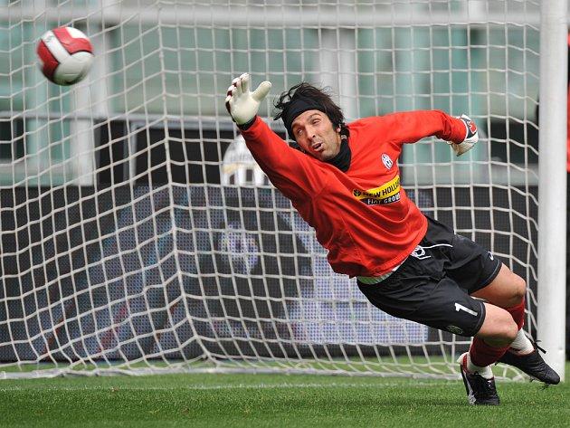 Brankář italské fotbalové reprezentace Gianluigi Buffon.
