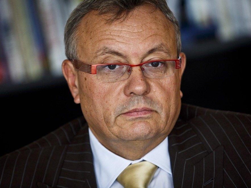 Vladimír Dlouhý
