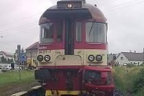 Tragicky skončila v neděli 26. června 2011 srážka osobního vozu s vlakem na železničním přejezdu v Božíkově u Zákup na Českolipsku. Dvaasedmdesátiletý řidič fabie z Prahy utrpěl velmi vážná zranění, kterým na místě podlehl.