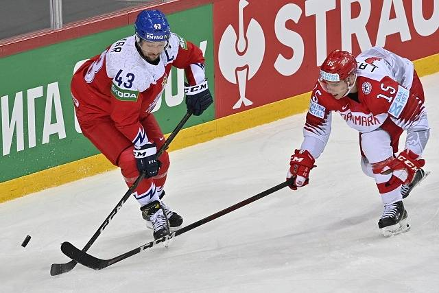 Kapitán Jan Kovář v utkání s Dánskem.