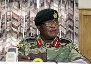 Armádní generál Constantino Chiwenga.